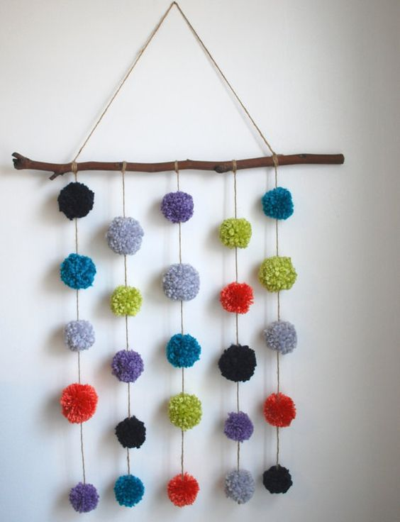 pompom wall hanging picture